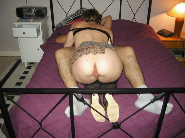 Трах в попу с развратной секретаршей у дяди у себя в квартире