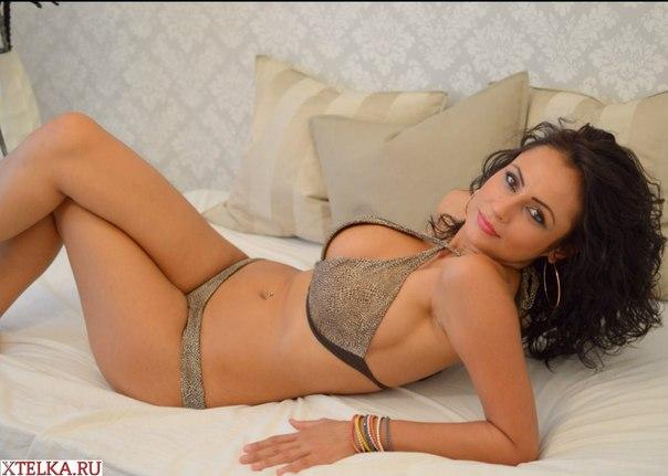 Конча на женских телах для порно журнала